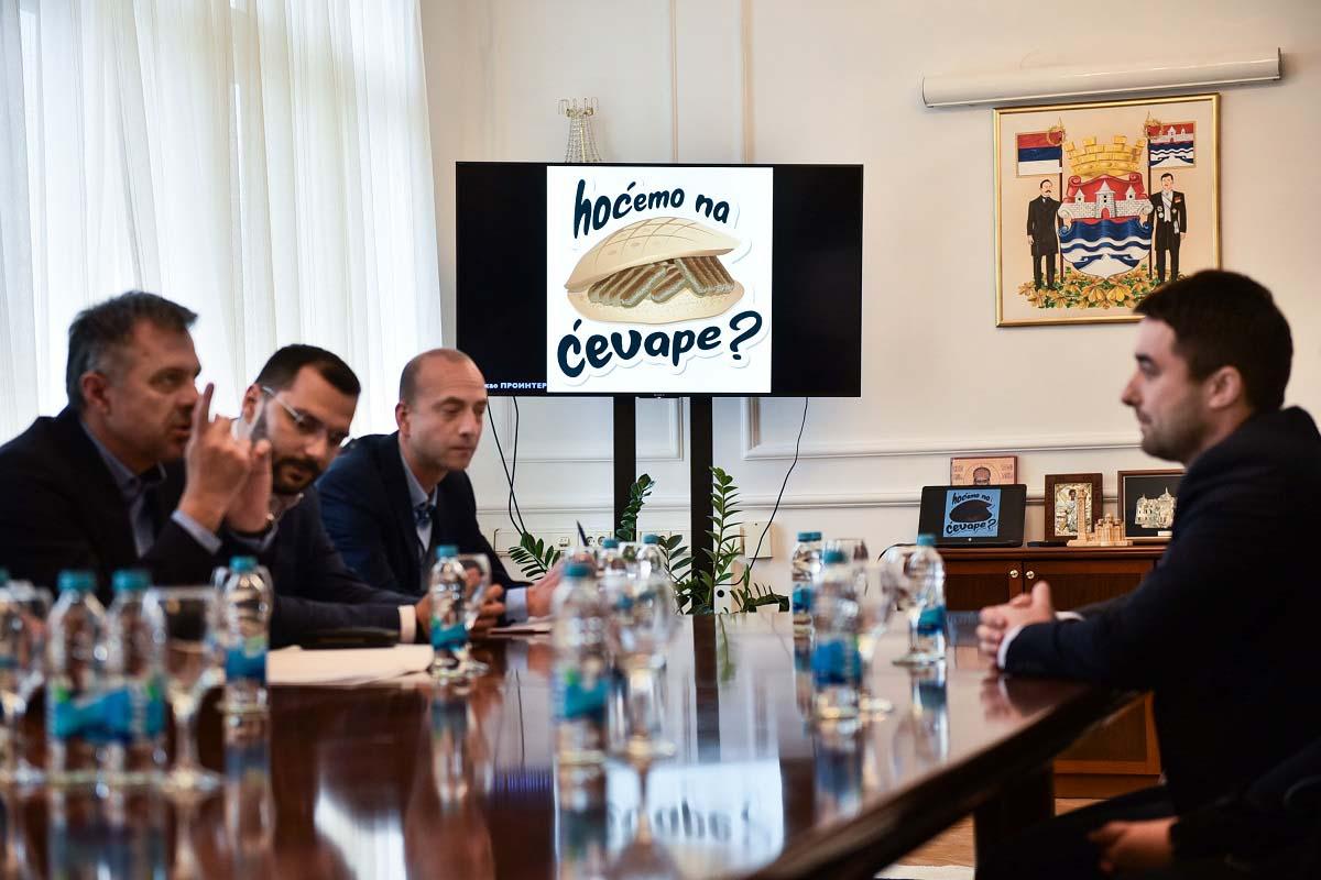 Срђану Зрнићу прво мјесто за стикере