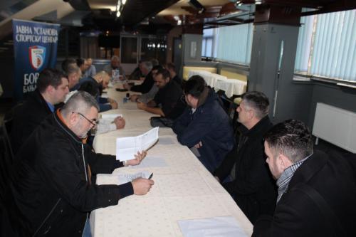 Састанак са клубовима и потписивање уговора